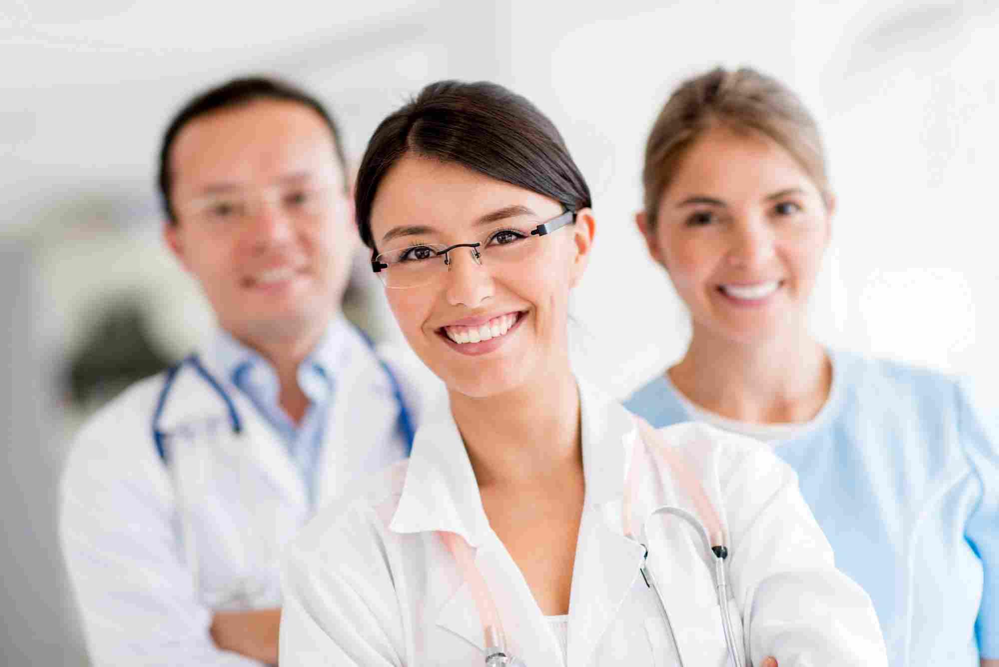 http://kinderarztpraxis-fulda.de/wp-content/uploads/2015/12/doctors.jpg
